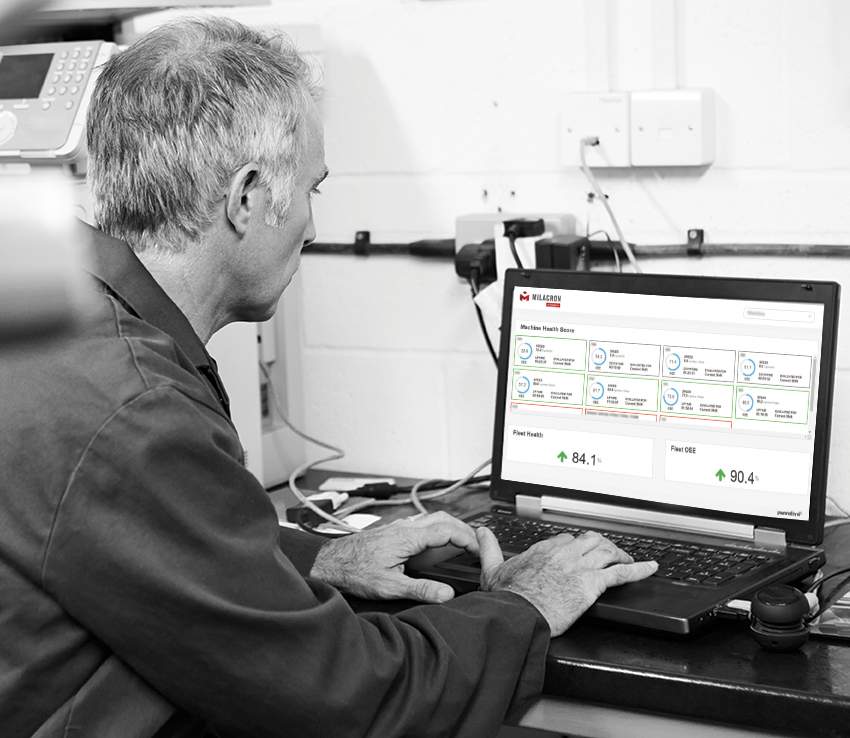 Operator using M-Powered at Milacron Plant